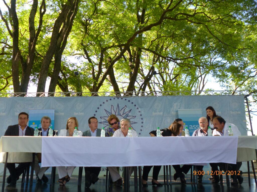 100 años de la Colonia Bernardo Etchepare con presencia del Presidente de la Republica Intendente de San Jose. Ministra de Salud Publica Directorio de ASSE 2012