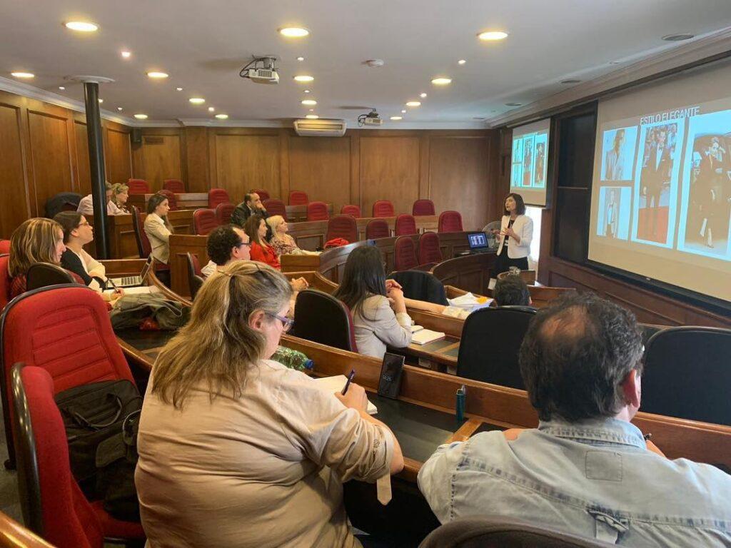 Universidad de Montevideo IEEM Master en Dirección de Empresas de Salud Taller de Imagen Profesional con su Directora y Coordinadora Dra Andrea Gimenez y Dra. Veronica Morin 1 de noviembre de 2018