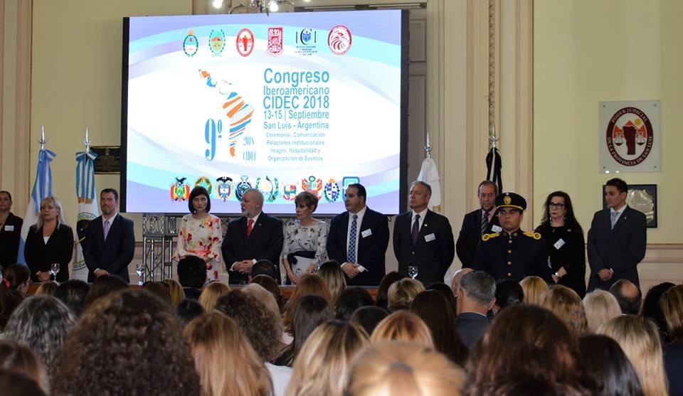 9° CONGRESO IBEROAMERICANO CIDEC en San Luis Argentina. Septiembre 2018  Exponiendo sobre el