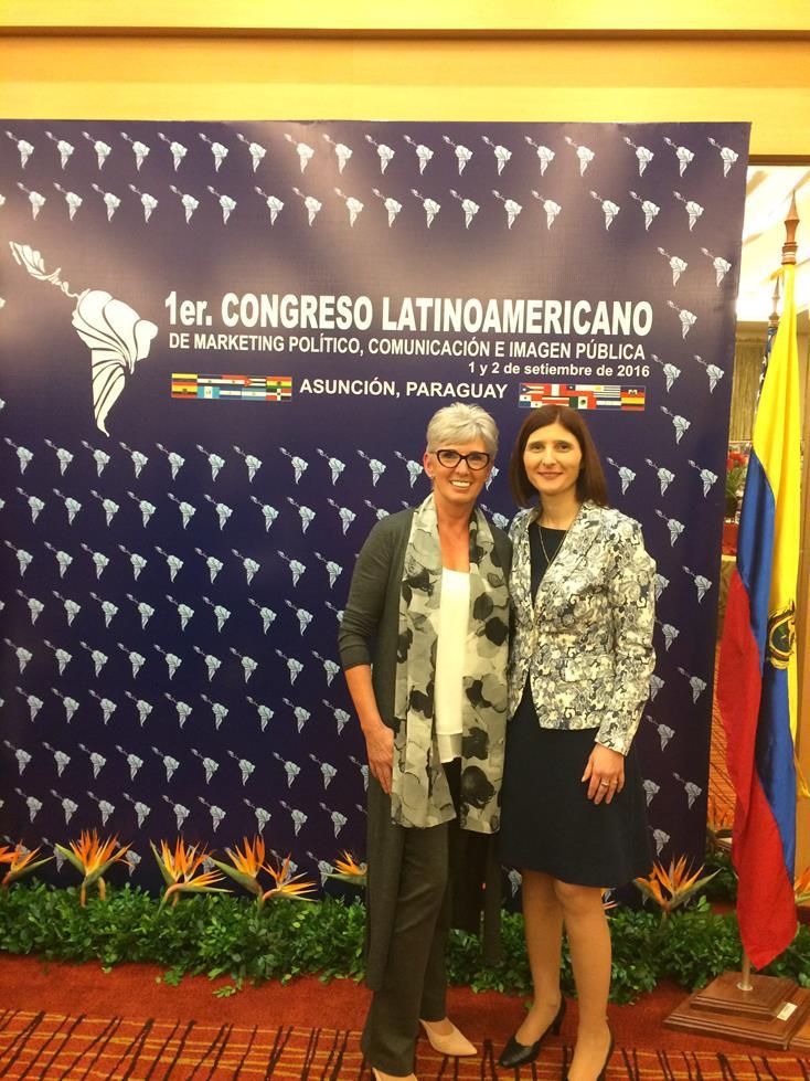 Con Jane Seaman Presidenta Internacional de AICIen 1er Congreso Latinoamericano de Marketing Político Comunicación e Imagen Publica Asuncion Paraguay 2016