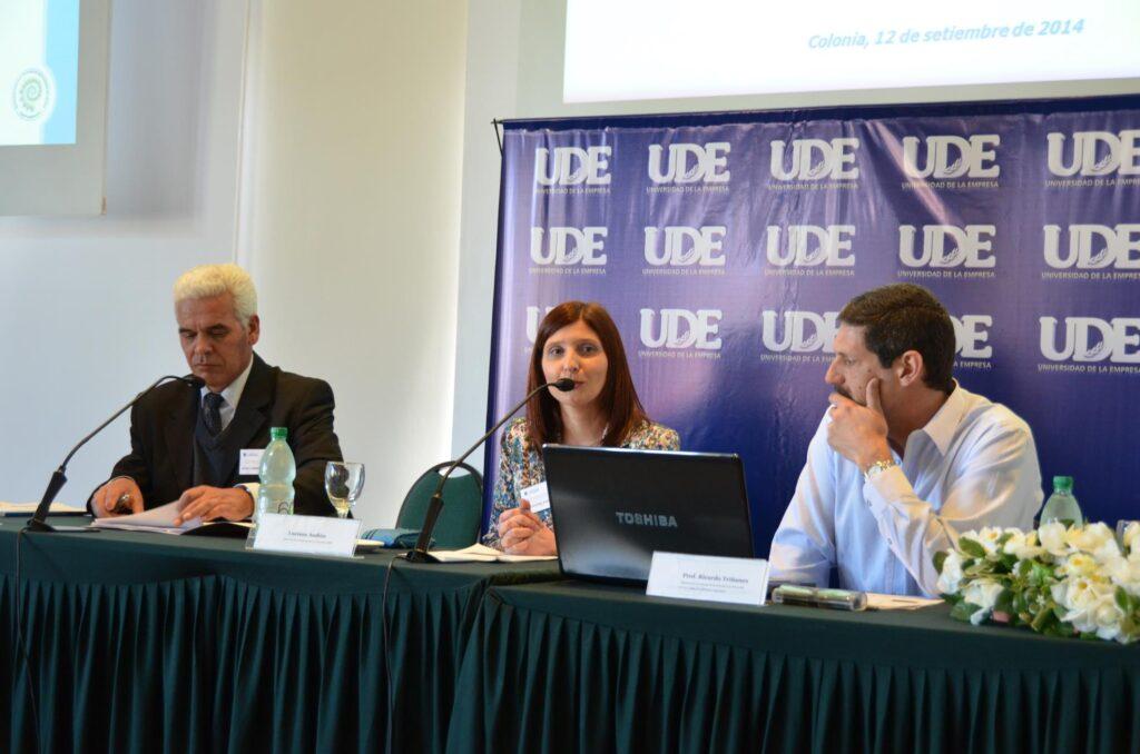 Exponiendo en la 9 jornada de Protocolo de Estado Colonia 2014