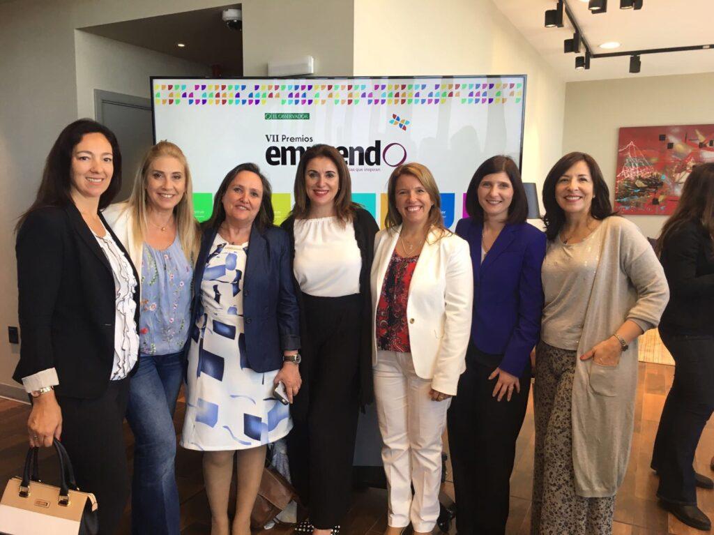 Participando de la entrega de premios Emprendo organizada por el diario El Observador. 2017