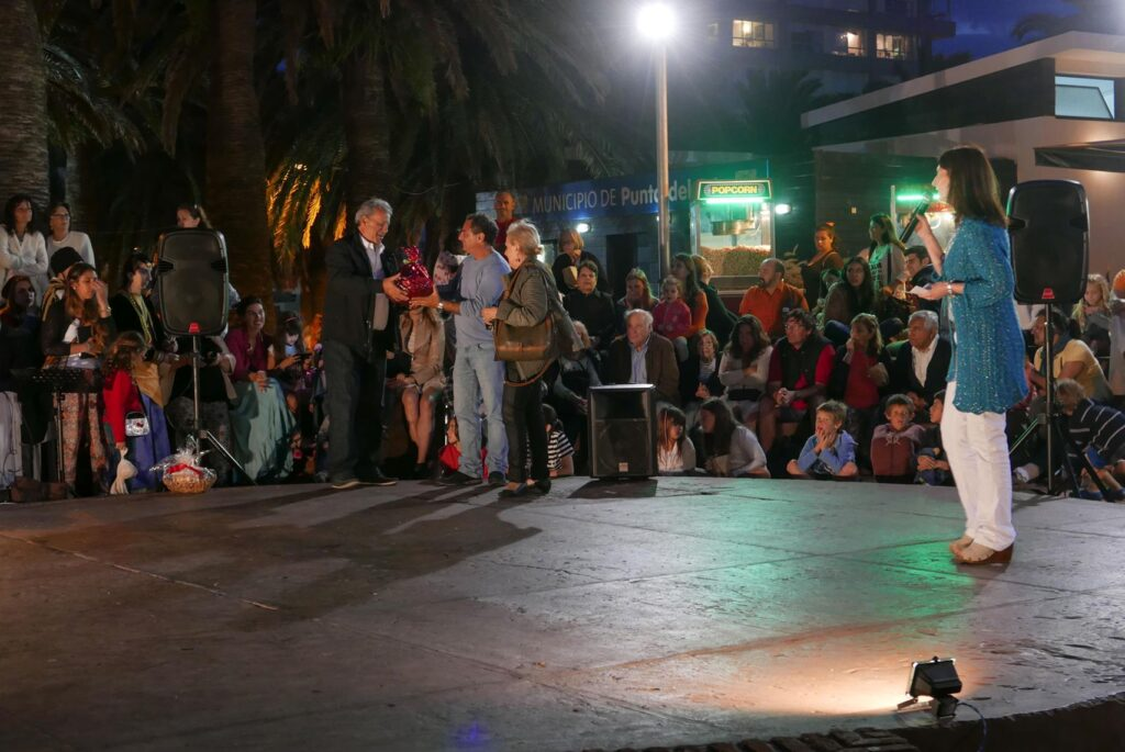 Espectaculo para la Colectividad Helenica en Punta del Este con el Alcalde Andres Jafif y el Cap. Dimitris Linas 2016