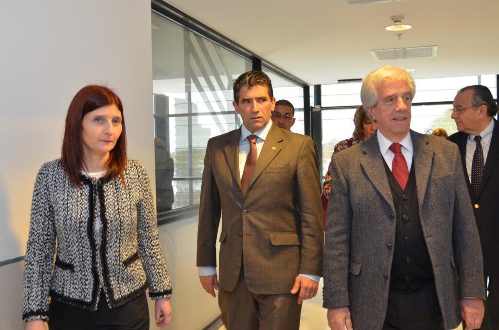 Visita del Presidente Dr Tabaré Vázquez y el Vicepresidente Sr Raúl Sendic al Instituto Nacional de Ortopedia y Traumatología 2015